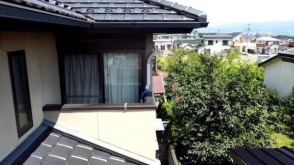長野県上田市 外壁塗装 屋根・外壁0円診断 窓枠廻りのひび割れ(クラック)