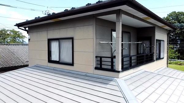 長野県長野市 外壁塗装 屋根塗装 ドローンを使った現場調査 チョーキング現象 (2)