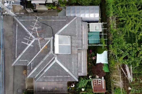 長野県須坂市 屋根工事 ドローンでの撮影 苔やカビには要注意!
